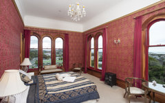 King room 2 with city and sea views